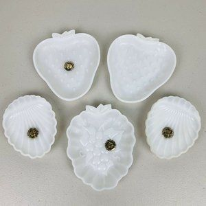VTG Hazel Atlas Milk Glass Berry Dishes